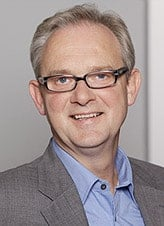 Foto von Lars Gibennus. Er ist Ansprechpartner für Kfz-Werkstätten, K&L-Betriebe und Gutachter.