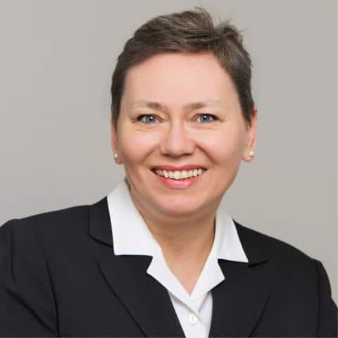 Vostandsassistentin Kristina Miltz, ADELTA.FINANZ AG. ADELTA bietet Factoring für das Handwerk und den Bestattungsmarkt.