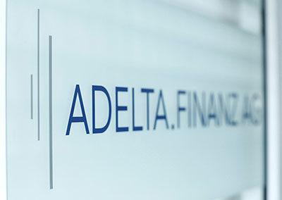 Das Logo der ADELTA.FINANZ AG