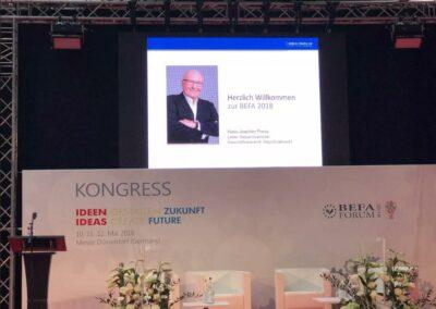 Hans-Joachim Frenz ist Direktor Gesamtvertrieb Bestattungsmarkt der ADELTA.FINANZ AG und hat auf der FORUM BEFA 2018 Factoring für Bestattungsunternehmen der ADELTA vorgestellt.